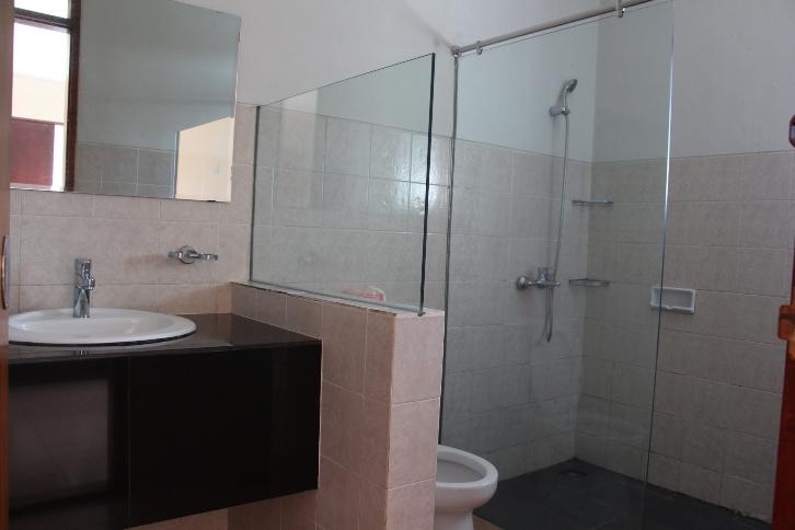 Villa M2-17 Bathroom