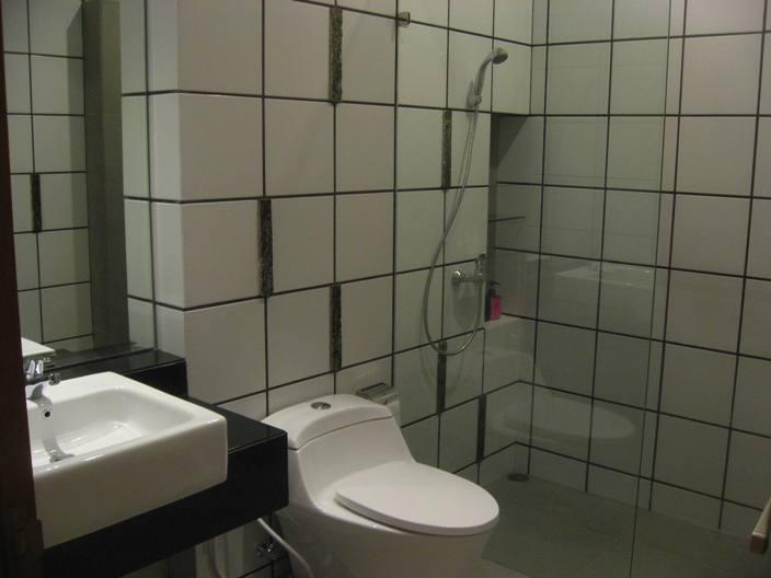 Villa P7-17A Bathroom