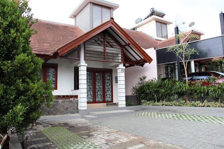 Villa M2-19 Front view